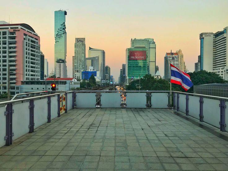 Beautiful cityscape of Bangkok's evening from skytrain station @sskevinjet #shotoniphone #travel #travelphotography #landscape #landscapephotography #city #cityscape #bangkok #thailand #downtown #metropolis #sky #skytrain #evening #building #architecture #twilight #flag #station