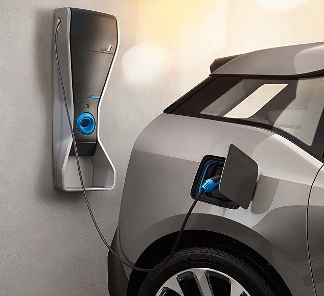 England To Trial Technology Which Charges Electric Cars On The Move
