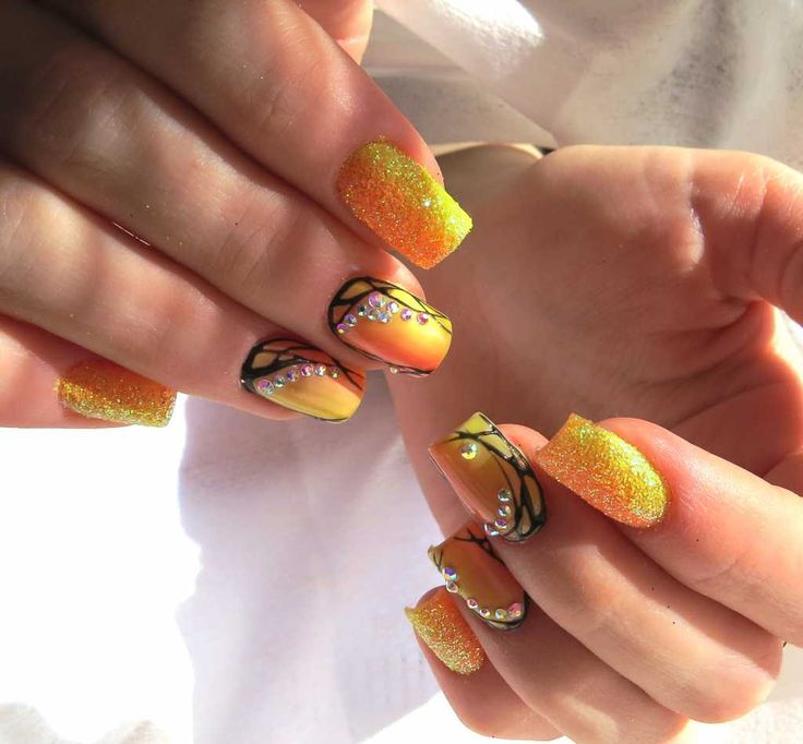 25+ Best Ideas About Rhinestone Nail Designs On Pinterest