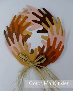 Peace Wreath - http://blog.mpmschoolsupplies.com/4935/peace-wreath-for-black-history-month/