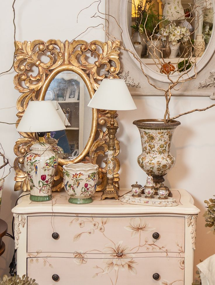 Tropical Theme - Golden mirrors - Floral Vases with Antique Edges - Princess Flora Cupboard