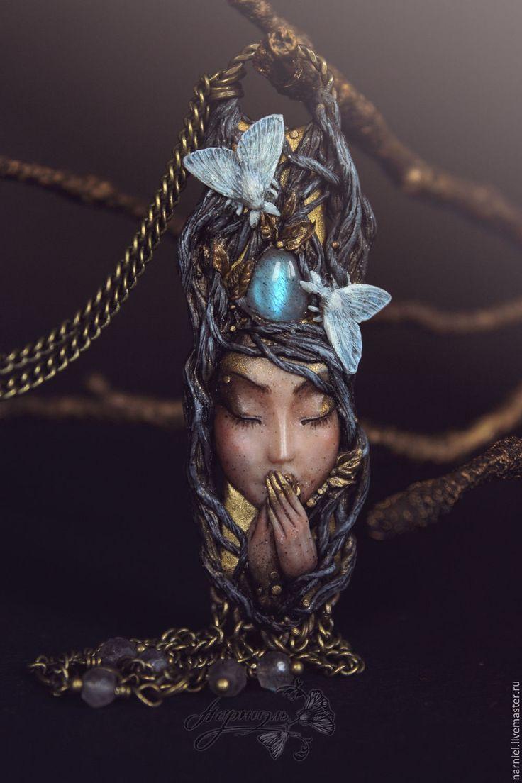 Polymer clay pendant | Купить Скоро зима... Подвеска с лабрадорами - кулон, Кулон ручной работы, кулон с камнем