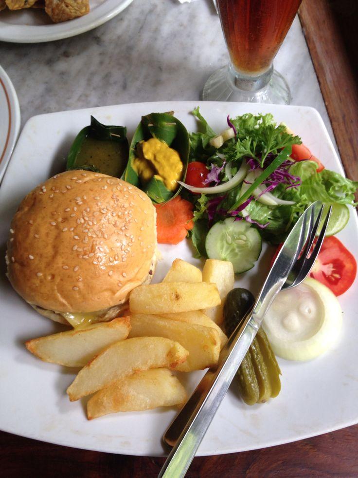 Chesee Burger Murni's Ubud