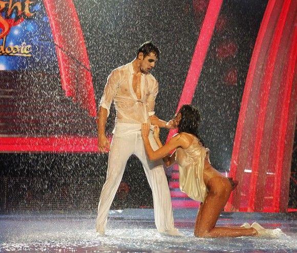 Nicoleta Luciu, extrem de sexy la proba «dans în ploaie» la «Dansez pentru tine». (Foto: Pro TV)