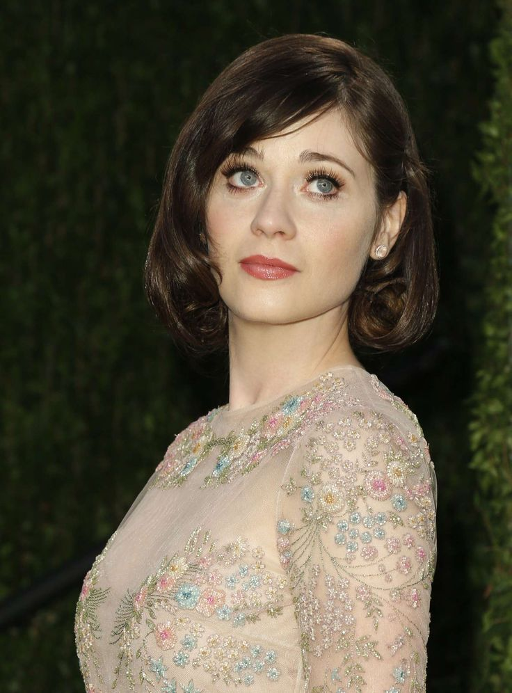 Zooey Deschanel-such a great look for her