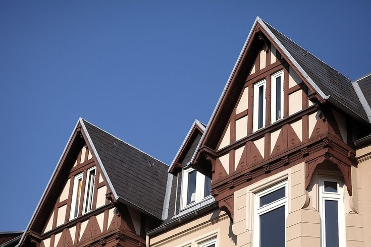 The Advantages And Disadvantages Of Gable Roof Roofing Gable Roof Flat Roof Repair