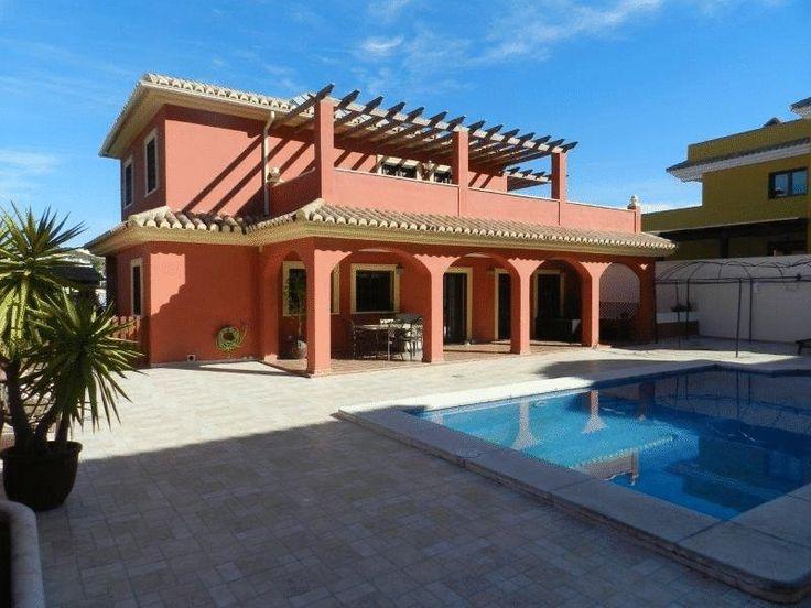 Detached Villa,