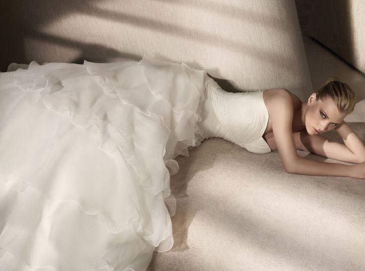 Shery Ruhaszalon - esküvői ruhaszalon Budapest, San Patrick ruhakölcsönzés Budapest, szalagavató ruhák kölcsönzése bálokra, esküvői ruha varrás Budapest