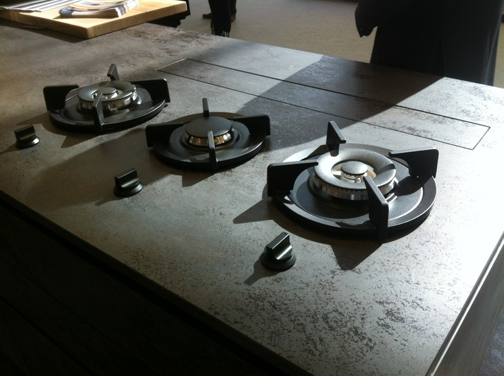 Wave Design Keuken : Telescoping Downdraft On Countertop