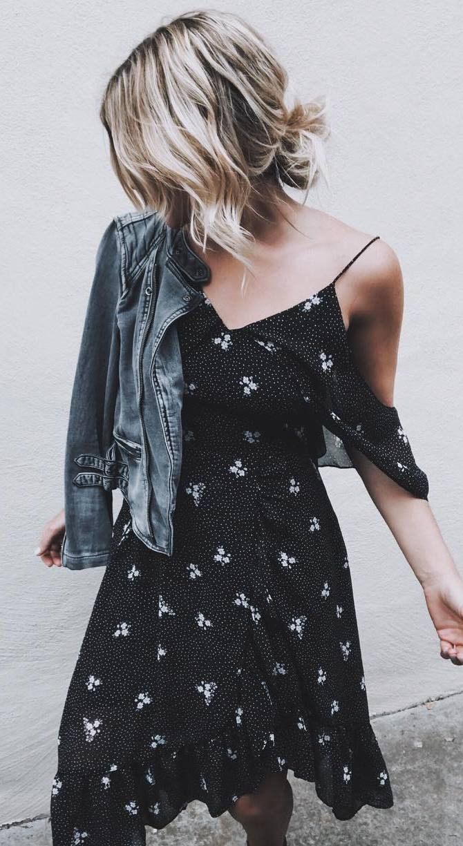 pretty cool outfit / denim jacket and printed dress