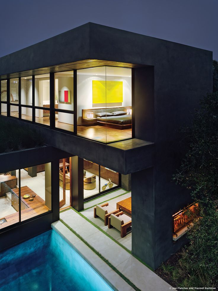 #ViennaWayResidence #modern #midcentury #exterior #outside #outdoors #levels #landscape #structure #geometry #lighting #pool #green #Venice #California #MarmolRadziner