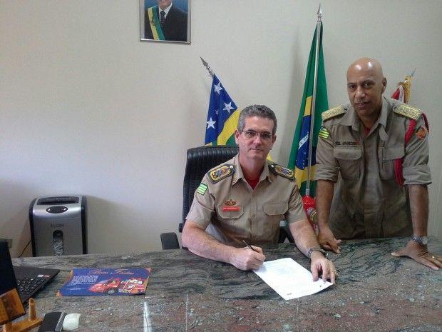 CONEXÃO BOMBEIRO : GOVERNO DE GOIÁS AUTORIZA A PROMOÇÃO DE PRAÇAS DO ...