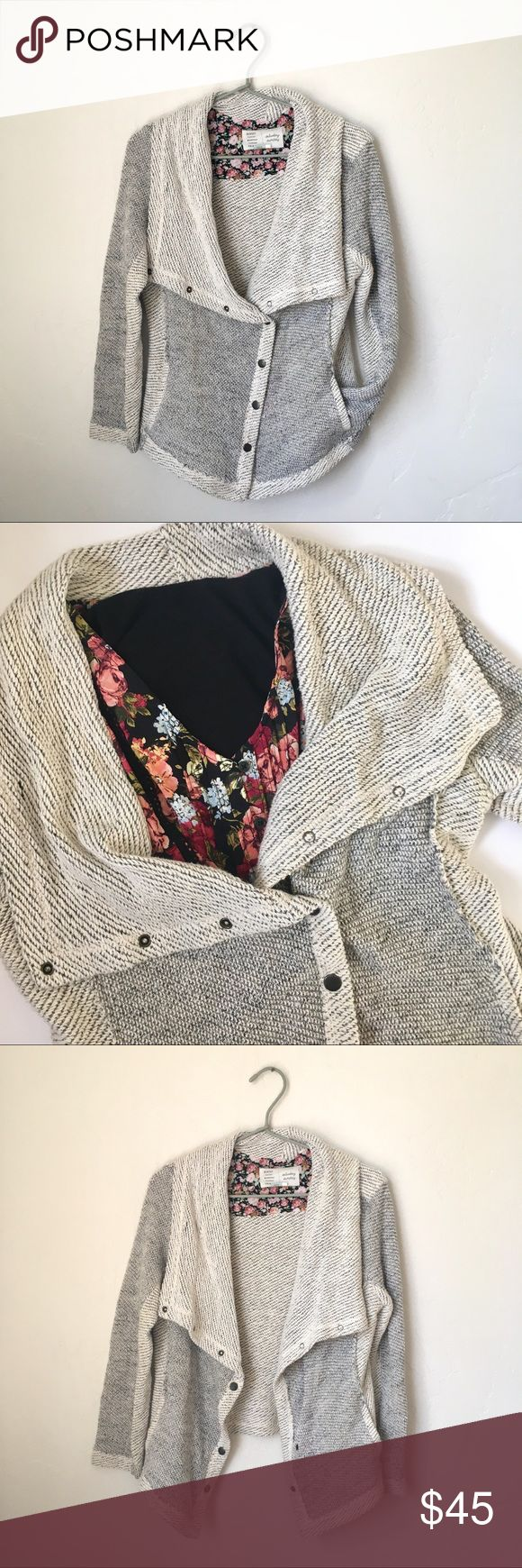 Saturday Sunday/Anthro - Knit Cardigan This cardigan is perfect for Fall weather! It's in good used condition with minor pilling and very slight discoloration (pictured above) Says size medium, but could fit a small as well!  priced with condition in mind. Anthropologie Sweaters Cardigans