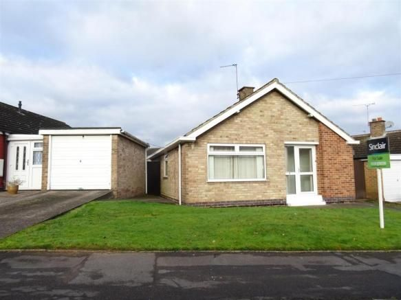 2 bedroom detached bungalow for sale - Carter Dale, Whitwick, Leicestershire Full description           ** A TWO DOUBLE BEDROOM DETACHED BUNGALOW LOCATED IN THE DESIRABLE VILLAGE OF WHITWICK. THE PROPERTY REQUIRES SOME MODERNISATION AND AN INTERNAL INSPECTION COMES HIGHLY ADVISED IN ORDER TO APPRECIATE THE EXISTING ACCOMMODATION. ** EPC RATING E. In brief the... #coalville #property https://coalville.mylocalproperties.co.uk/property/2-bedroom-detached-bungalow-for-sale-car