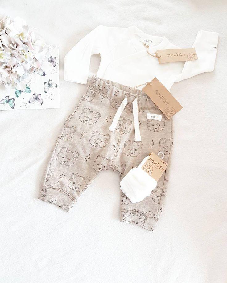 """Madelen  Ivan på Instagram: """"Litt shopping kan vel ikke skade (?)  Hvis det blir ei prinsesse i magehuset blir det perfekt med hvit knytebånd eller ei hvit hårspenne til. #newbie#newbielovers#ufrivilligbarnløs#barnløs#shopping#prøverør#ivf#prøvere#lilleskatten#mothersinspo#kkidspo#littleshabbbyy#littleone__#barnasverden#mini_inspiration#barneinspiration#babysuperstar2016#babyyinspo#bybabystyle#babyinspiration_#kidscutenes1#kidsfashionforall#babystyleinfo#babyyinspo#ministil"""""""