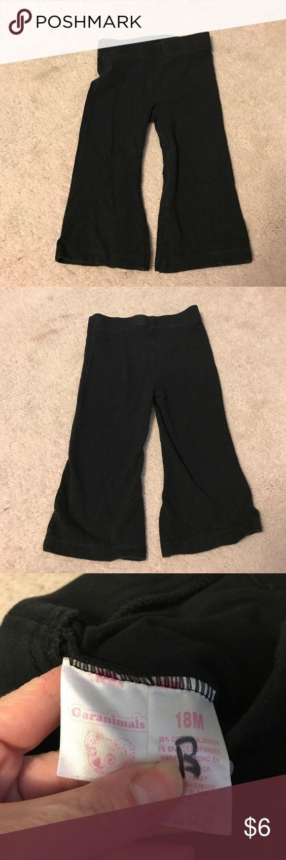 Garanimals girls black leggings size 18M Garanimals girls black leggings size 18 months. Excellent gently used condition no rips, stains or tears! garanimals Bottoms Leggings