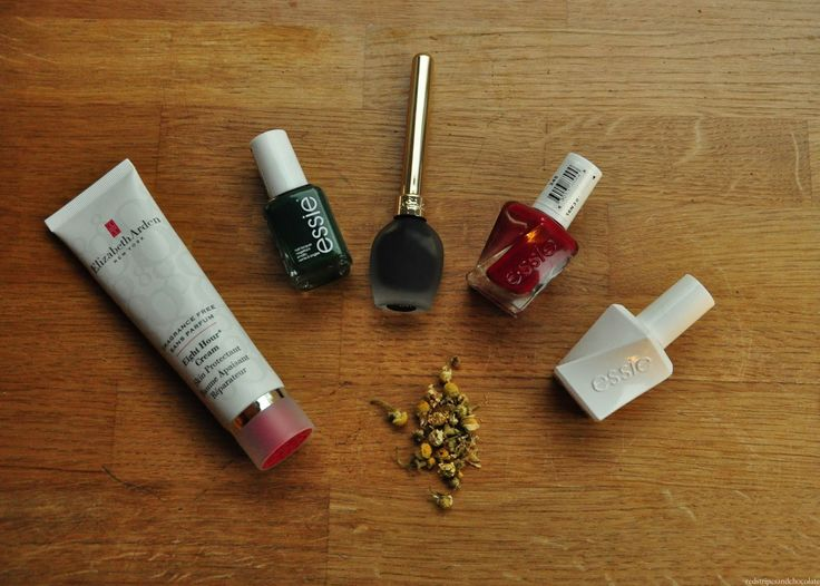 A few new beauty bits #1 - Red, stripes and chocolate