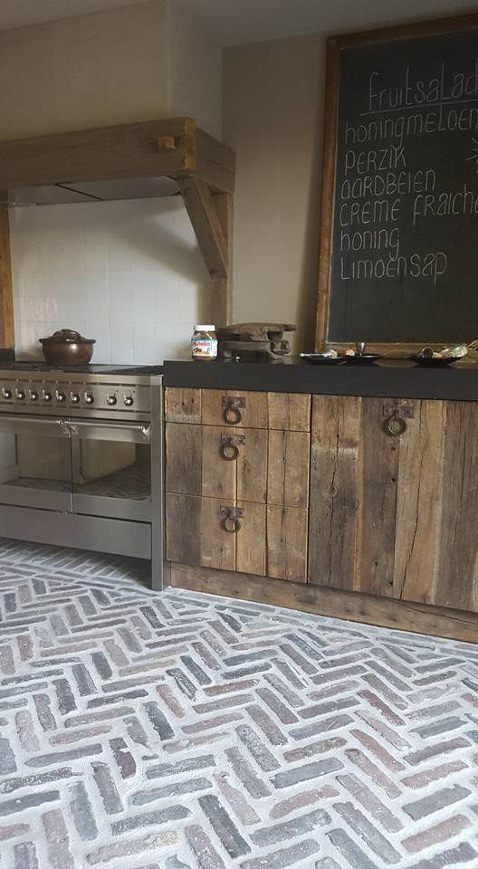 30 praktische und cool aussehende Ideen für Küchenböden   – Magalie AUGER