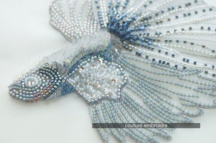 """Серия """"Морской бриз"""". Люневильская вышивка Яркие,  сверкающие и нежные –  стразы, пайетки и бисер, модные детали, рисующие  узоры вышивки, напоминающие имитацию чешуек и плавников.  #couturembroidery #coutureembroidery #embroidery #luxury #luneville #hand #домвышивки #вышивка #люневильскийкрючок #канитель #ручнаявышивка #вышивказолотом #бьюти #вышивкапайетками #дизайнерскаявышивка #valange #кружево #рыбы #морскойбриз"""