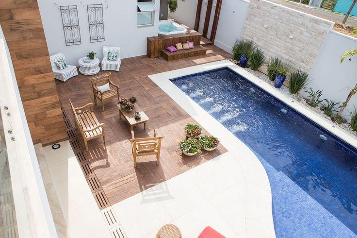 Área de Lazer (piscina e spa) Projeto Aceanga Vitória / Foto: Fernando Cândido
