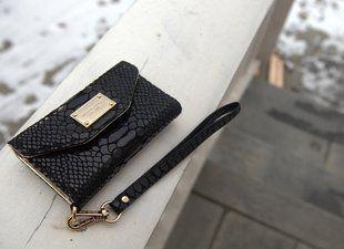 Gorgeous Michael Kors wristlet purse