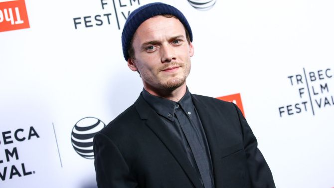 Anton Yelchin Dead: Star Trek – Actor Dies in Car Accident #james #dean #car #accident http://sierra-leone.remmont.com/anton-yelchin-dead-star-trek-actor-dies-in-car-accident-james-dean-car-accident/  # Star Trek Actor Anton Yelchin Dies at 27 June 19, 2016 | 11:11AM PT Anton Yelchin. known for roles in Star Trek and Alpha Dog, died early Sunday morning in a freak accident, a spokeswoman confirmed to Variety. He was 27. Actor Anton Yelchin was killed in a fatal traffic collision early this…