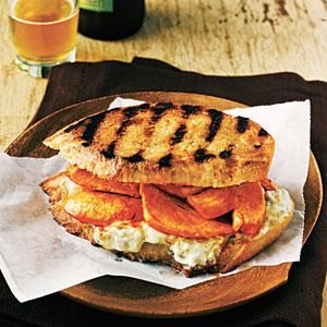 You don't need a panini maker for this easy, 5-ingredient hot chicken sandwich. This Buffalo Chicken toasted sandwich delivers classic bar-food taste in a healthier package.
