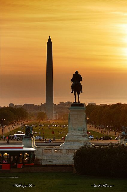 National mall sunset, Washington DC by Songquan Deng, via Flickr