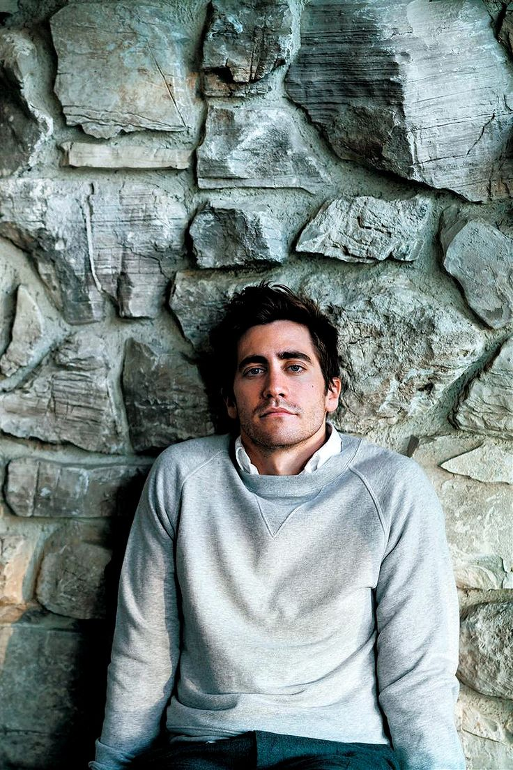 Jake Gyllenhaal for GQ, February 2007 Photographed by Nathaniel Goldberg
