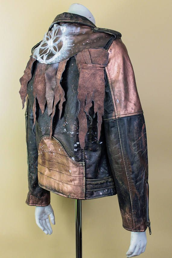 Rocker Clothing - Concert Jacket - Metal Fashion - Post Apocalyptic Clothing - Iron Maiden - AC/DC - Rolling Stones - Gold Jacket Size: S/M More clothes: https://www.etsy.com/shop/WastedCouture?section_id=18024503&ref=shopsection_leftnav_1 More accessories: https://www.etsy.com/shop/WastedCouture?section_id=18025607&ref=shopsection_leftnav_2 Wear if you dare! ---------------------------------------------------...