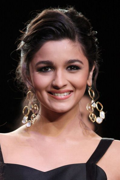 Alia Bhatt, Alia Bhatt makeup, Alia Bhatt images, Alia Bhatt wallpapers, Alia Bhatt bollywood celebrity, Alia bhatt latest pictures, Alia Bhatt pictures