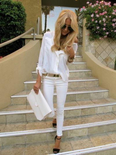 white on white: Fashion, All White, Gold Belts, Style, White On White, Black Shoes, White Outfits, White Gold, White Jeans