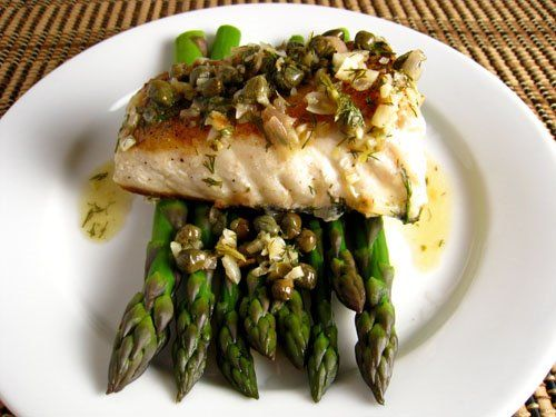25 best ideas about lemon dill sauce on pinterest dill for Halibut fish recipes