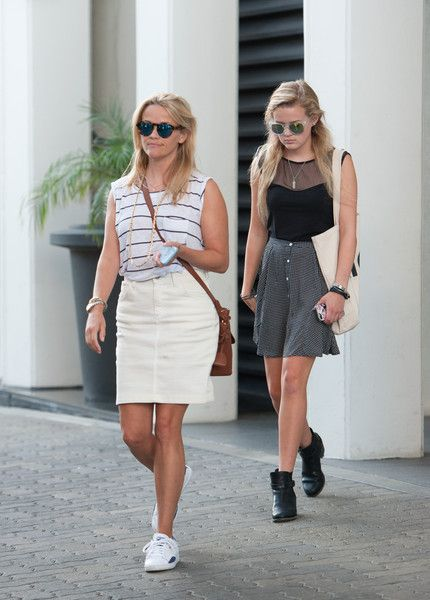 Reese Witherspoon and daughter Ava Phillippe visited an office building in Beverly Hills.