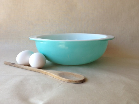 Pyrex Bowl Turquoise Teal Bowl by TheCookieClutch on Etsy