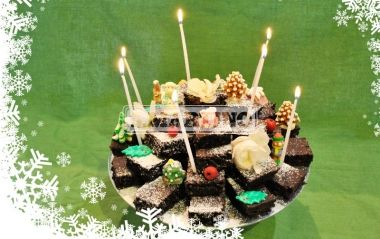PIRAMIDE DI CAPRESE 2 packs of Torta Caprese al Cioccolato Fondente (our prepared for dark chocolate Caprese cake) 250 g of butter, 6 eggs. A crazy and tasty dessert. #chocolate #dessert #ilovesanmartino