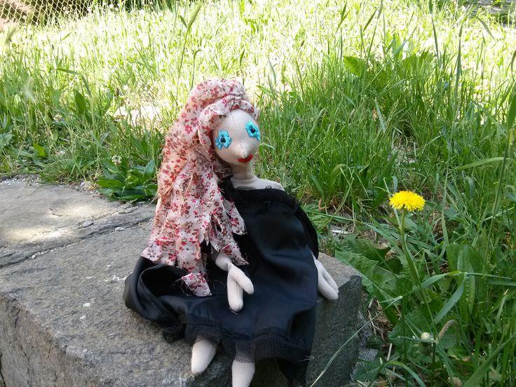 A Boszorkány is csak nő! Jön a tavasz, szép akar lenni (DIY haj - virágos)