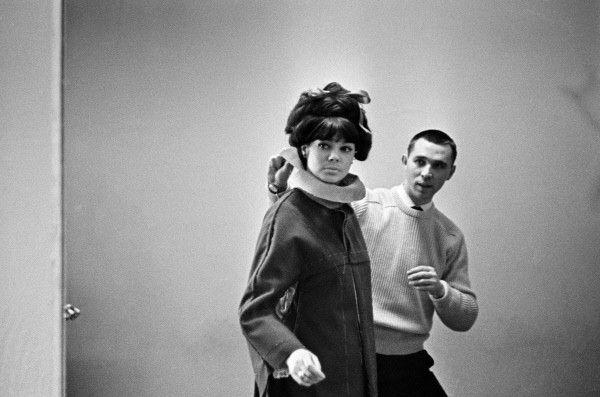 Художник-модельер Вячеслав Михайлович Зайцев и знаменитая манекенщица Регина Збарская. 1963 год