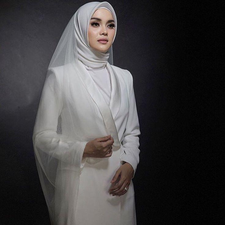 30 best Baju Pengantin images on Pinterest Muslim