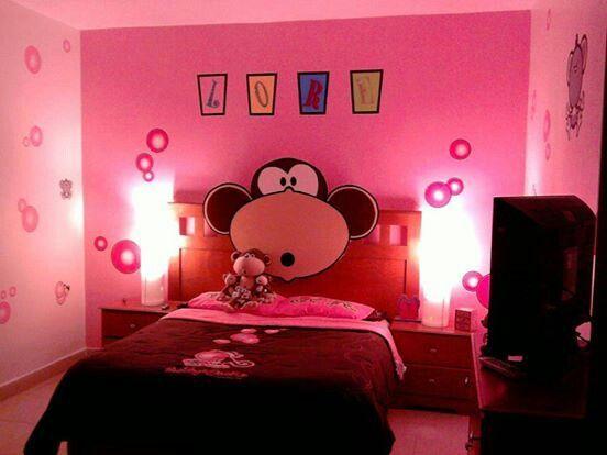 Habitacion sencilla para niña en color rosa