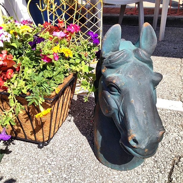 Adventures in Antiquing: Clinch River Spring Antiques Fest 2014 (http://blog.hgtv.com/design/2014/05/07/adventures-in-antiquing-clinch-river-spring-antiques-fest-2014/?soc=pinterest)