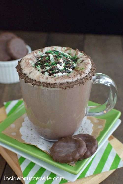 This homemade chocolate mint latte is topped with Thin Mint cookie crumbles and tastes so good!!!