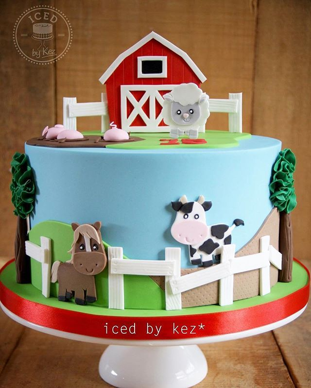 "This cute farm cake was made for an Early Childhood Centre celebrating their 15th Anniversary the animals are all based off Pixel Paper Prints - love their work! 9"" White chocolate vanilla cake with white chocolate ganache :) #icedbykez #pettinice #farmcake #2Dcakeart #aucklandcakes #instacake"