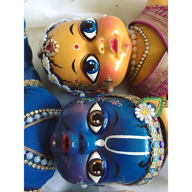 Check out these babies! I had this little project going some months back but forgot to share! Hope you all had a wonderful Radhastami yesterday  Radha Krsna dolls by Syama Premi #radha #krsna #radhastami #dolls #babies #myart #art #cute