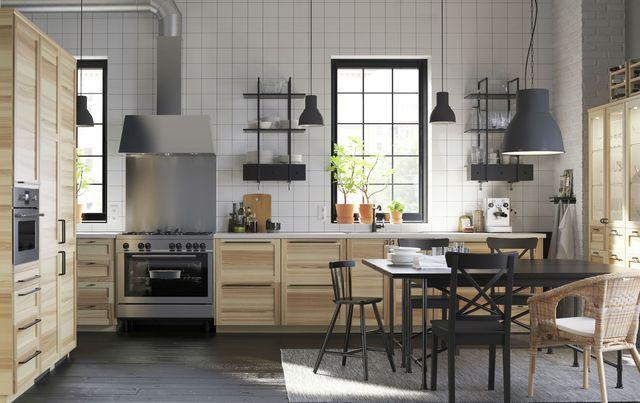 L'esprit authentique est de mise dans cette cuisine équipée.