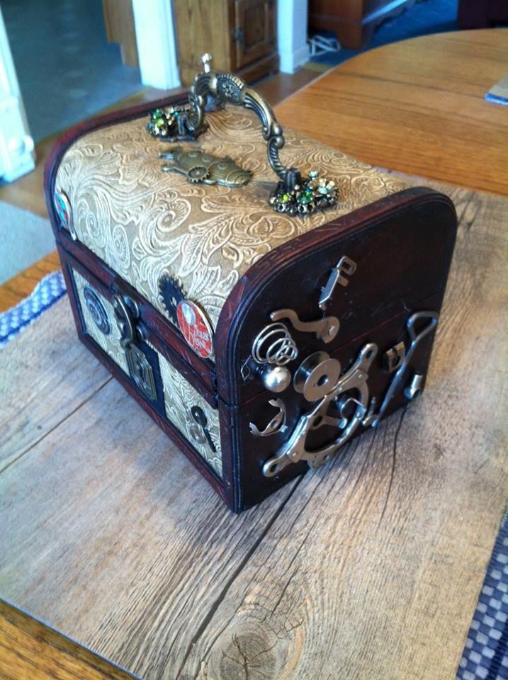 Time Traveler's Trinket box