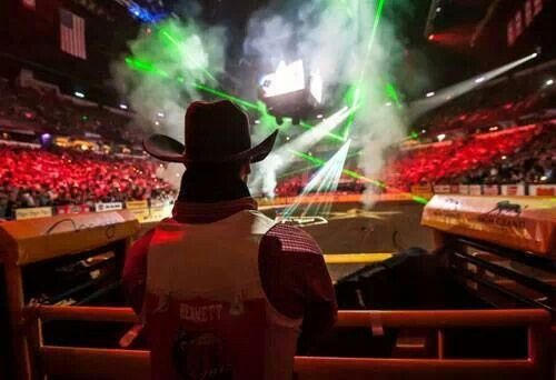 ❦ It's official: Las Vegas events & the PRCA have agreed the WNFR will stay in Las Vegas for 10 more years!  - via the Official NFR Experience.