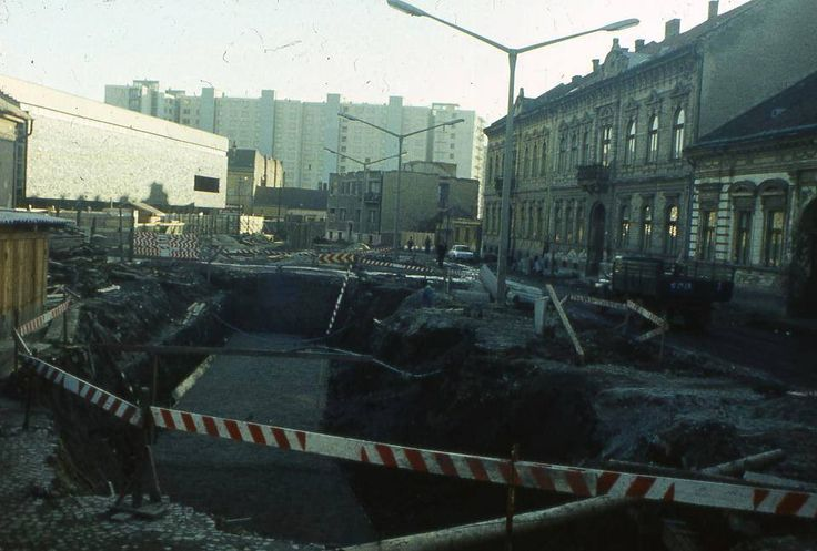 Szentpáli út építése a Centrummal Forrás: Miskolc a Múltban Szilágyi Péter