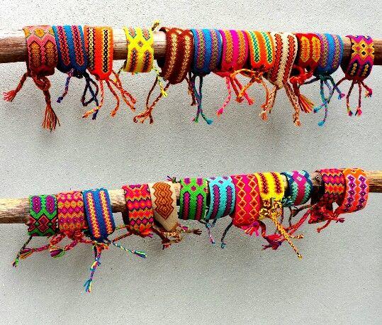 Wayuu bandjes www.wayuumochila.nl