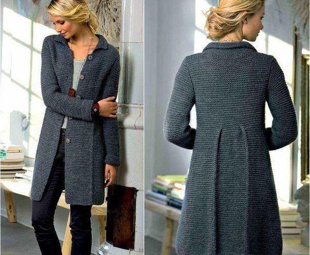 Стильное пальто спицами